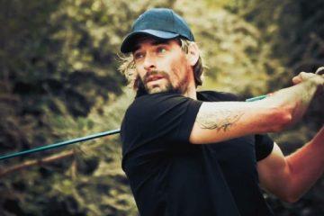 Je commence le golf avec Camille Lacourt au golf International de Roissy. 1